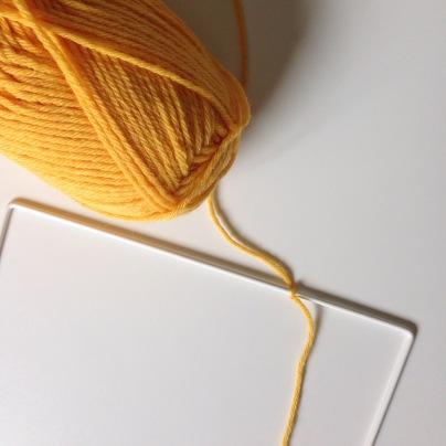 Crocheter autour d'un cadre métallique