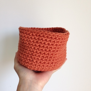 Tuto : Entourer un vase au crochet