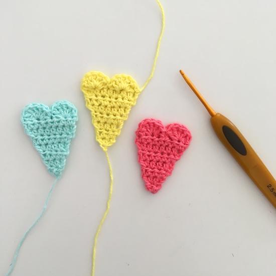 Lire un diagramme - Un petit coeur au crochet (tuto)